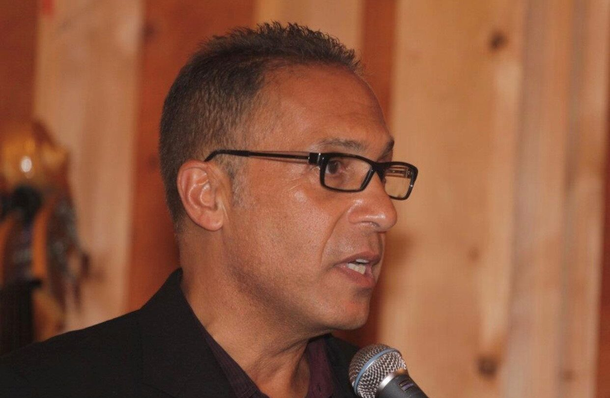 Tony Schifano speaking at event